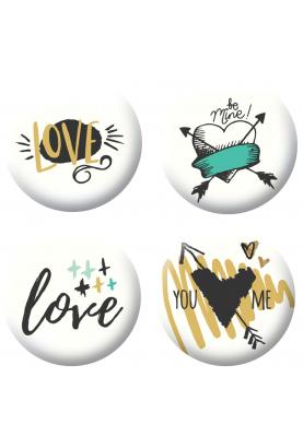 Badges love 3 scrapbooking