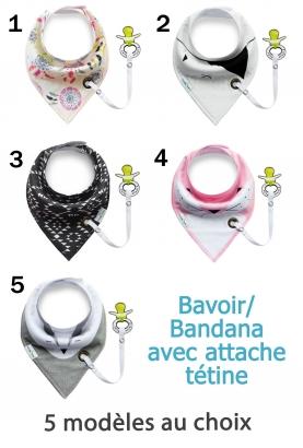 Bavoir triangle style bandana avec attache tétine