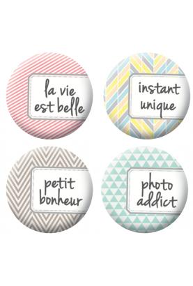 Badges étiquettes scrapbooking
